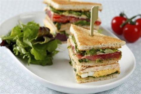 Recettes de club sandwich par L'atelier des Chefs