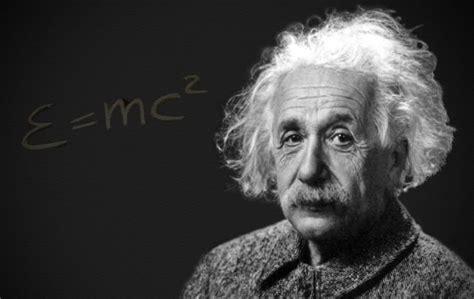 Recordando a: Albert Einstein y la Teoría de la ...