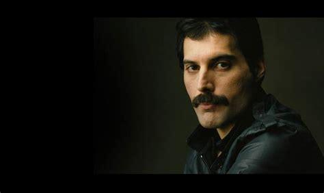 Recordemos a un grande: 25 años de la muerte de Freddie ...