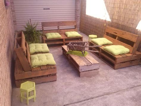 Recycled Wood Pallet: Decoration and Functionality | Home ...
