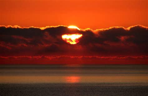 REFLEXIONES: Sol naciente