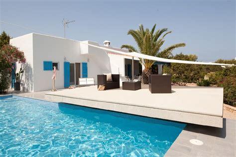 Reforma integral de una casa en Formentera