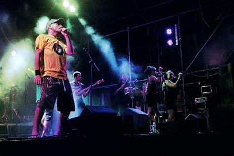 Reggaediscography: UNIVERSAL ROCKERS - DISCOGRAPHY ...