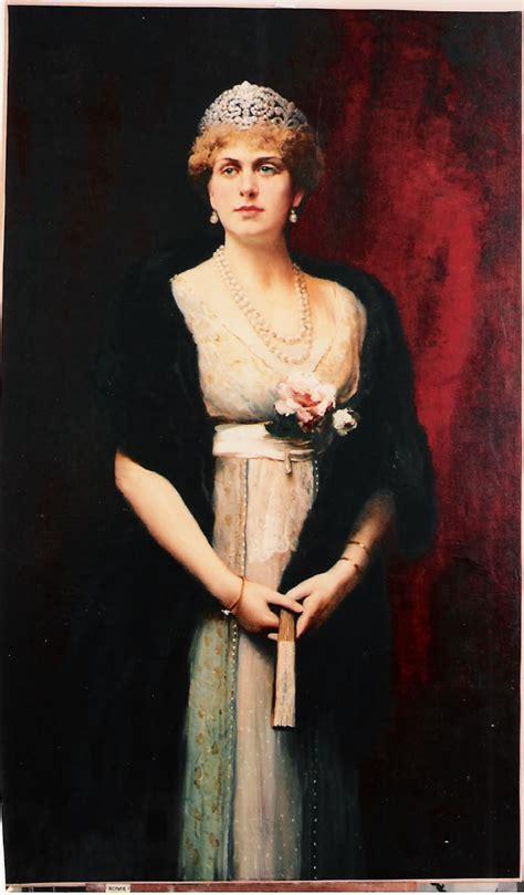 Reina Victoria Eugenia de España images