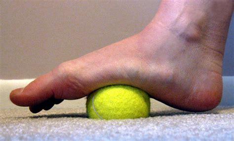 Remedios caseros para los pies hinchados - Buena Salud