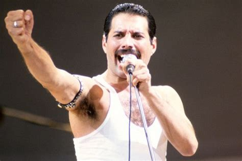 Remembering Freddie Mercury Through Covers, 20 Years Later ...