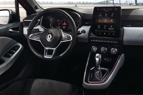 Renault Clio 2019: exterior evolutivo, interior revolucionario