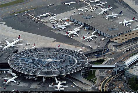 Retoman vuelo chárter directo entre La Habana y Nueva York ...