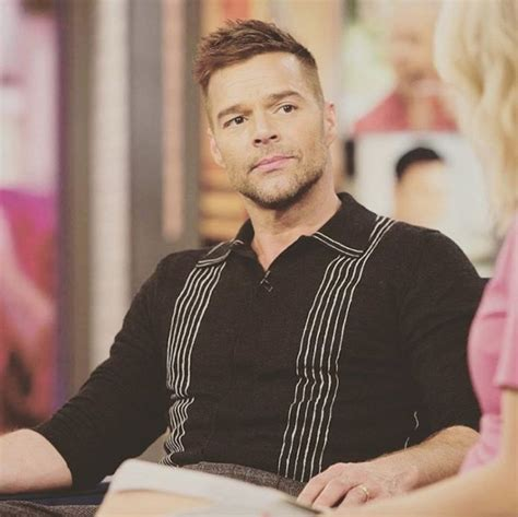 Ricky Martin da adelanto del video de su sencillo Fiebre