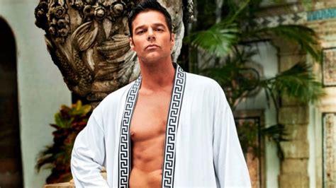Ricky Martin, desnudo en el segundo capítulo de American ...