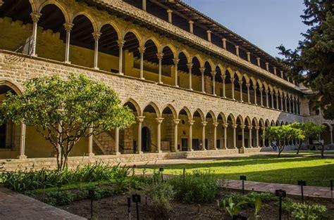 Rincones por descubrir en Barcelona: Monasterio de Pedralbes