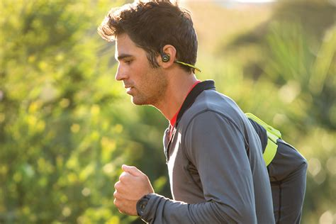 Road Noise: 7 Best Headphones for Running   HiConsumption