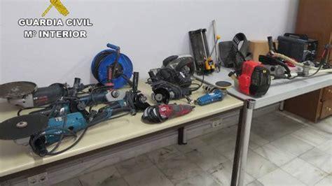 Robaba herramientas y las vendía en mercados de segunda mano