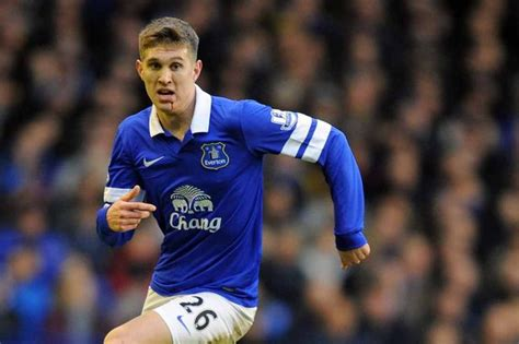 Roberto Martinez faces John Stones Everton FC selection ...