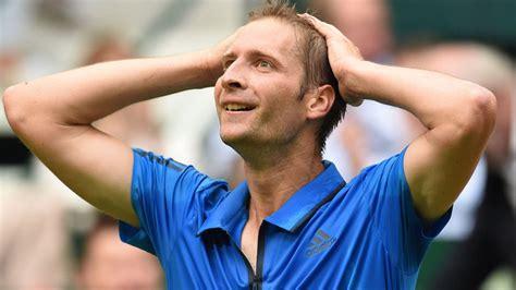 Roger Federer takes on Alexander Zverev and Dominic Thiem ...