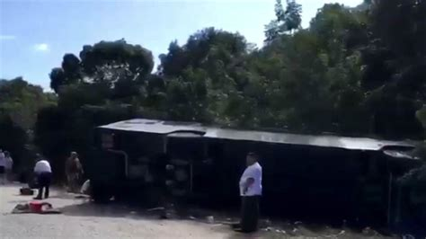 Royal Caribbean tour bus crashes in Mexico, killing 12 ...