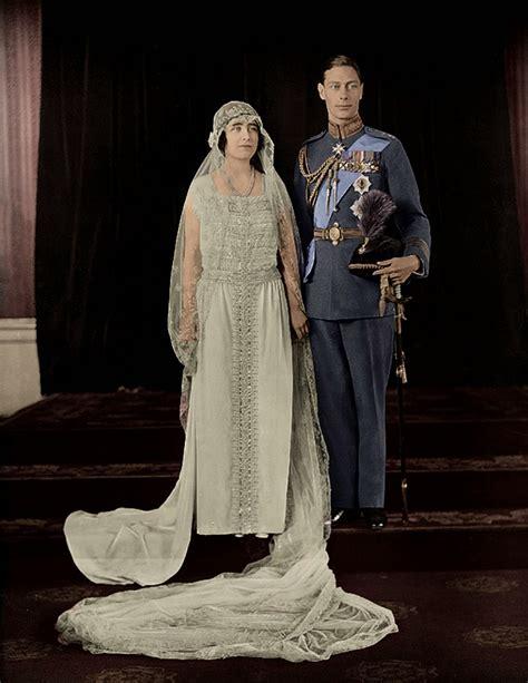 Royal Wedding Wednesdays Bouquet Toss - Decor to Adore