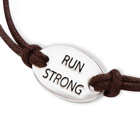 Running Bracelet   palmspringsgolfcourseguide.com