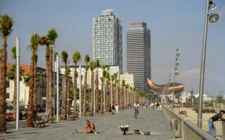 Running in Barcelona, Spain: Best Routes and Places to Run