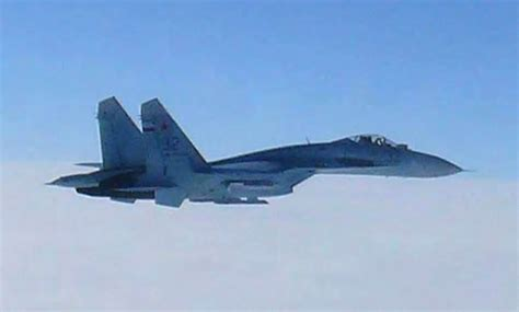 Russian Fighter Jet Flies Within 10 Feet of Navy Aircraft ...
