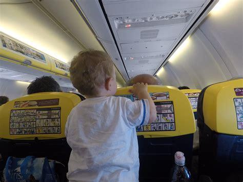 Ryanair: come volare con i neonati, la nostra esperienza ...