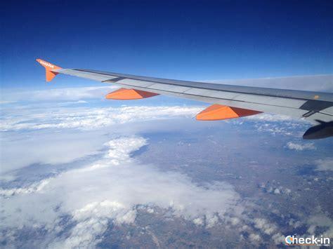 Ryanair o Easyjet? Quale compagnia low cost preferite?