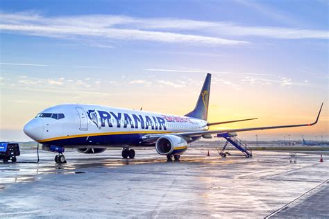 Ryanair to Sell Flights to the US and Latin America ...