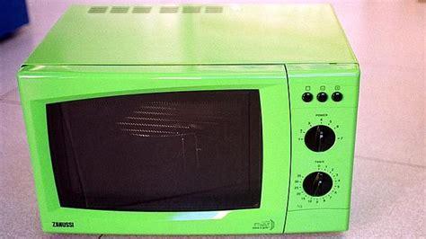 ¿Sabías que el microondas se inventó para detectar los ...