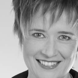 Sabine Wiederer in XING ⇒ in Das Örtliche