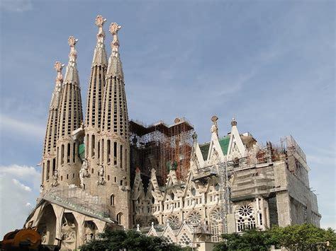 Sagrada Família – Wikipedia