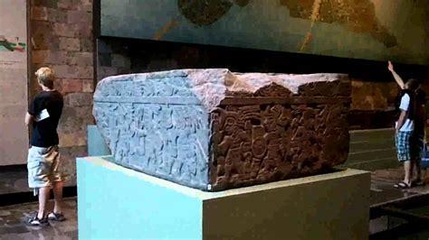 Sala Azteca en el Museo Nacional de Antropología de México ...