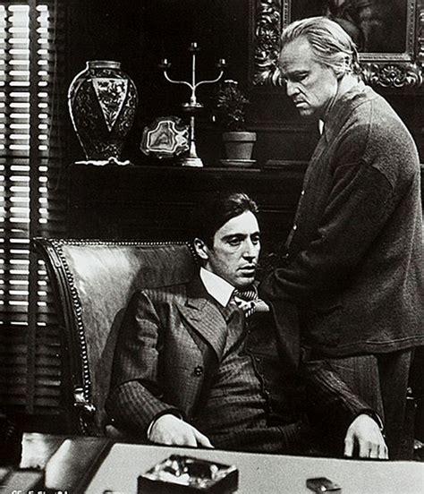 """Sala66 • Al Pacino y Marlon Brando en """"El Padrino"""" (The..."""