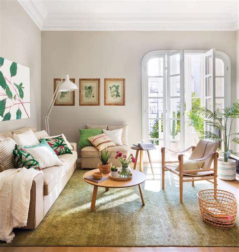 salon de un piso pequeño con decoracion primaveral en ...