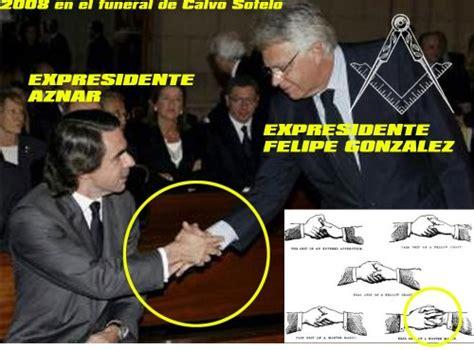 Saludo masónico entre los expresidentes Aznar y Felipe ...