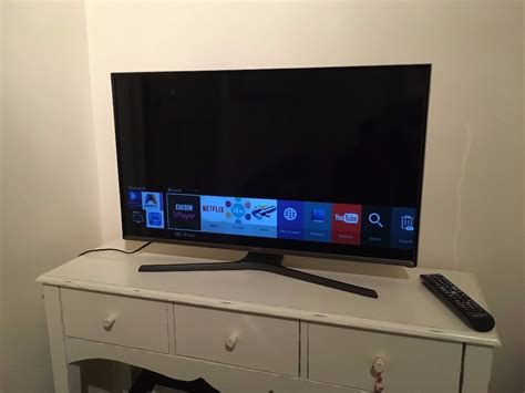 Samsung Smart TV 32 inch J5600 Flat Full HD Smart LED TV ...