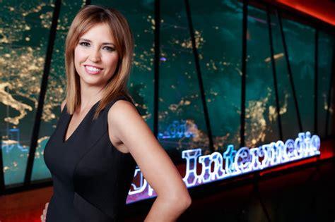Sandra Sabatés presenta 'El intermedio' - Fotos en FormulaTV