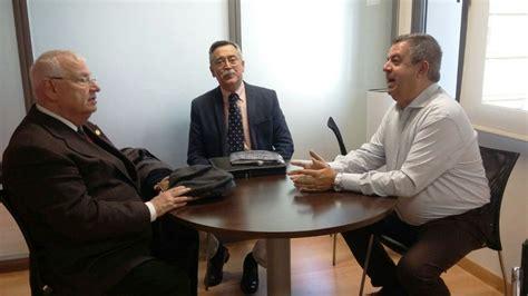 Sanidad y el Hospital de `Los Pinos' facilitarán el uso de ...