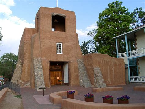 Santa Fe a Host to Religious Travelers