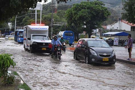 Santa Marta colapsa por las lluvias EL INFORMADOR   Santa ...