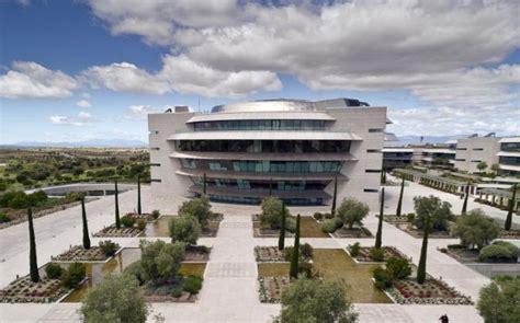 Santander quiere que Openbank alcance 30 millones de ...