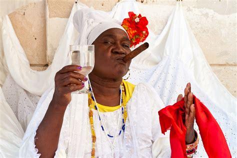 Santos de la religión Yoruba y su equivalencia católica