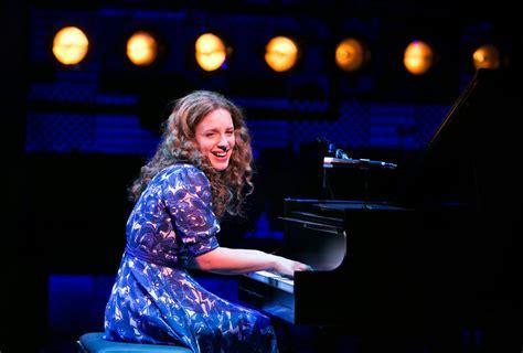 'Beautiful: The Carole King Musical' at Sondheim Theater ...
