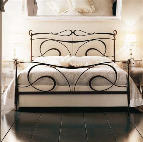 Schmiedeeisen Betten für ein mediterranes Flair im ...
