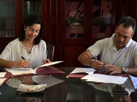 Secretaría General > Firmado un convenio de colaboración ...