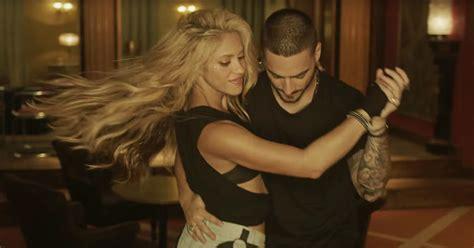 See Shakira Dance in Secret Bodega Club in  Chantaje ...