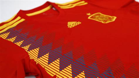 Selección de España:  La Selección se pone morada    Marca.com