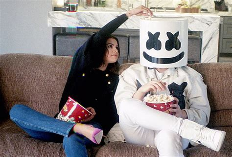 """Selena Gomez And Marshmello Team Up For New Song """"Wolves ..."""