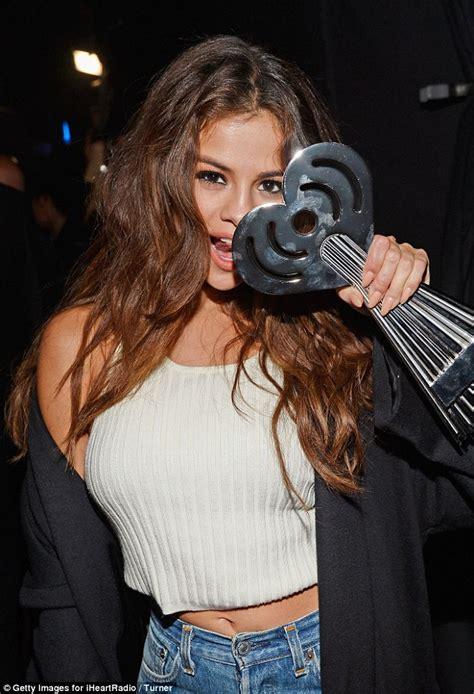 Selena Gomez celebrates her iHeartRadio Music Awards win ...