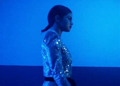 Selena Gomez Goes Daring in Teaser of Sultry Music Video ...