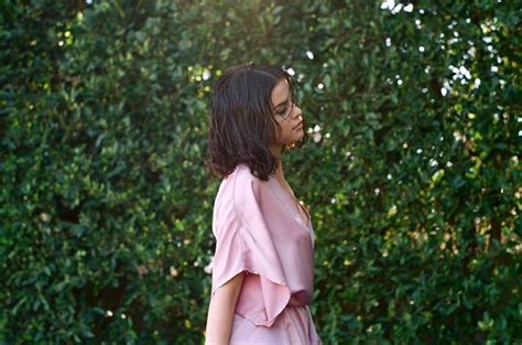 Selena Gomez   Promotional Photoshoot for New Song  Wolves